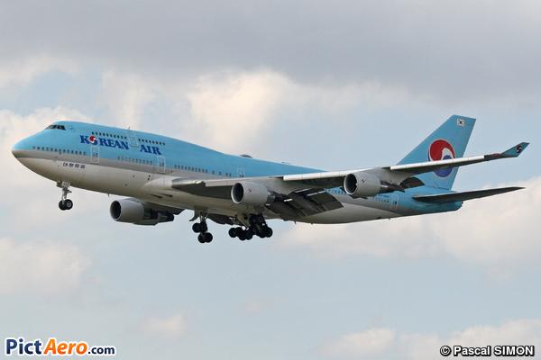 Boeing 747-4B5 (Korean Air)