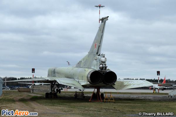 Tupolev Tu-22M (Riga Airmuseum)