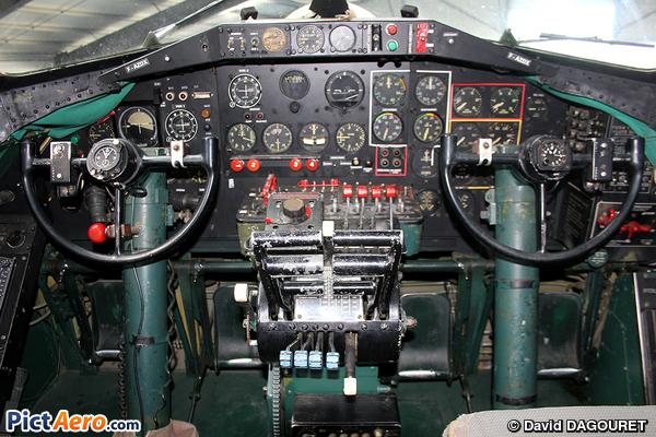 Boeing B-17G (Association Forteresse toujours Volante)
