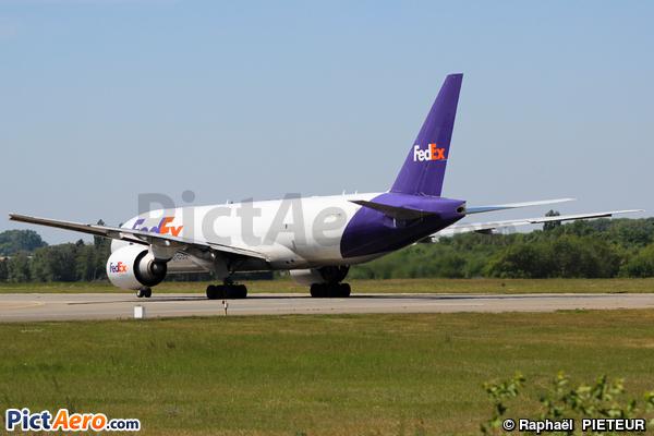 Boeing 777-FS2 (FedEx Express)