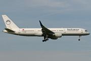 Boeing 757-2Q8/WL (TC-SNB)