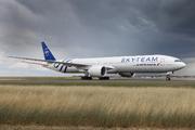 Boeing 777-328/ER - F-GZNT
