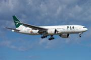 Boeing 777-240/LR