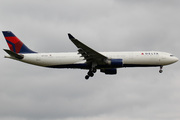 Airbus A330-323X (N804NW)