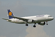 Airbus A320-211 (D-AIQP)