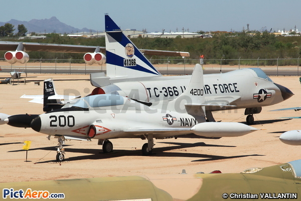 Lockhhed T-1A Seastar (Pima Air & Space Museum)