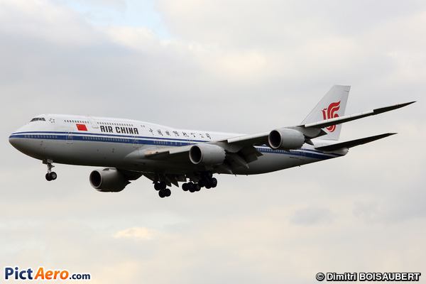 Boeing 747-89L (Air China)