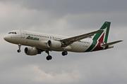 Airbus A320-216/WL (EI-DSA)