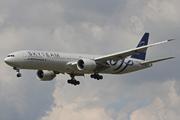 Boeing 777-328/ER (F-GZNT)