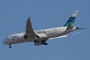 Boeing 787-8 Dreamliner (F-OLRC)