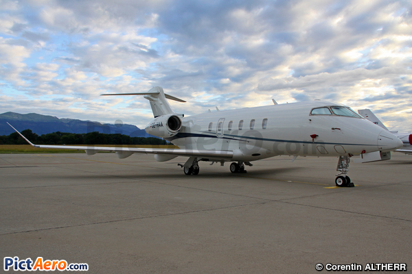 Bombardier BD-100-1A10 Challenger 350 (AVAG AIR GmbH)