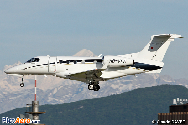 Embraer 505 Phenom 300 (Family Airlines)