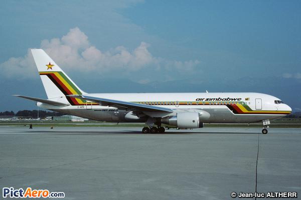 Boeing 767-2N0/ER (Air Zimbabwe)