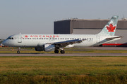 Airbus A320-211 (C-FMSX)