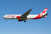 Boeing 767-3Q8/ER (C-FJZK)