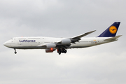 Boeing 747-830 (D-ABYP)