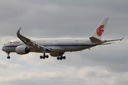 Airbus A350-941 (B-1081)