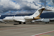 Bombardier BD-700-1A11 Global 5000 (G-OMTX)