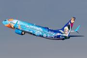Boeing 737-8CT/WL (C-GWSV)