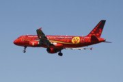 Airbus A320-214 (OO-SNA)