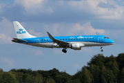 Embraer ERJ-175STD (PH-EXT)