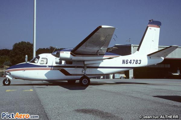 Aero Commander 500A (Privé/Private)
