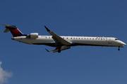 Bombardier CRJ-900LR (N936XJ)