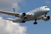 Boeing 787-8 Dreamliner (C-GHPV)