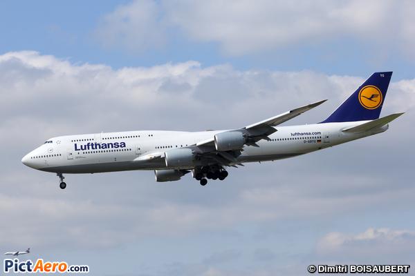 Boeing 747-830 (Lufthansa)