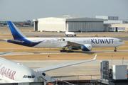 Boeing 777-369/ER (9K-AOI)
