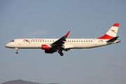 Embraer ERJ-190-200LR 195LR (OE-LWM)