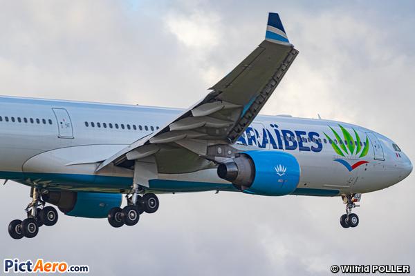 Airbus A330-323 (Air Caraïbes)