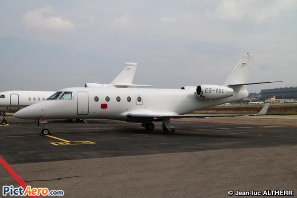 Gulfstream Aerospace G-150 (Panaviatic)