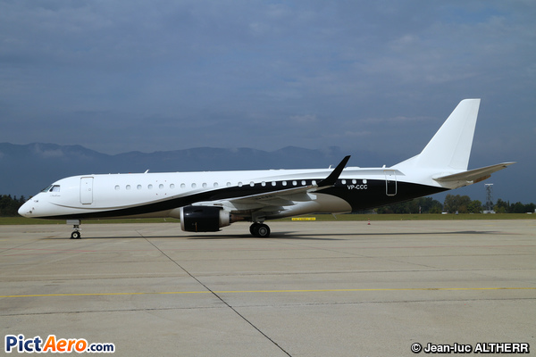 Embraer Lineage 1000 ERJ-190-100-ECJ (Arab Wings)