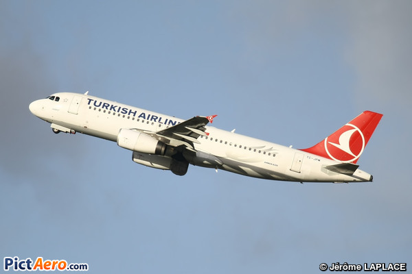 Airbus A320-232 (Turkish Airlines)