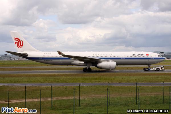 Airbus A330-343E (Air China)