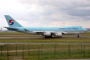 Boeing 747-4B5F/ER/SCD (HL7602)