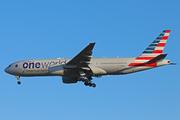 Boeing 777-223/ER (N796AN)
