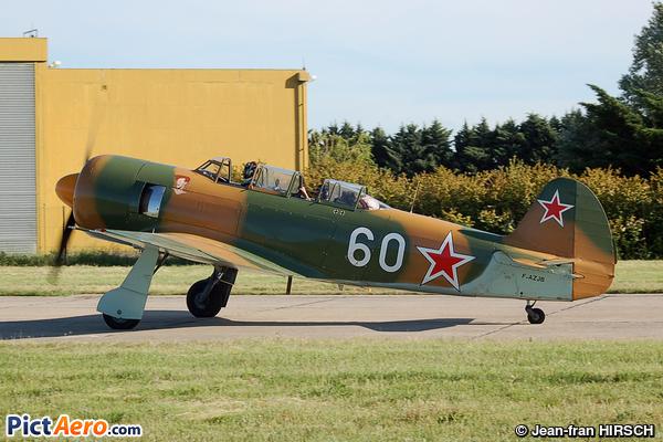 Let C-11 Yak-11 (Bourret Jacques)