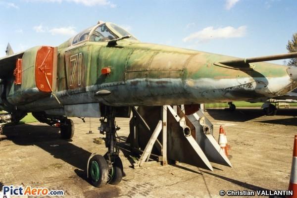Mikoyan-Gourevitch Mig 27K (Newark Air Museum)