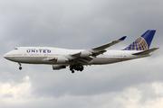 Boeing 747-422 (N120UA)