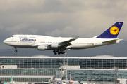 Boeing 747-430 (D-ABTL)