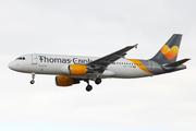 Airbus A320-214 (OO-TCW)