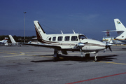 Piper PA-31-325 Navajo (N61422)