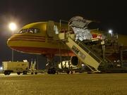 Boeing 757-236/SF (G-BIKZ)