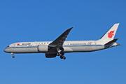 Boeing 787-9 Dreamliner (B-7800)