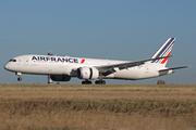 Boeing 787-9 Dreamliner (F-HRBI)