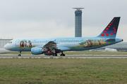 Airbus A320-214 (OO-SNE)