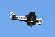 Robin DR400-180R Remorqueur (D-EJEK)