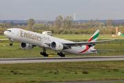 Boeing 777-31H/ER (A6-ECB)